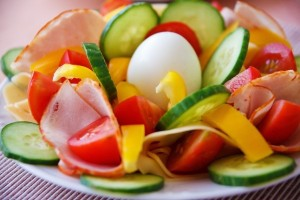 vegetable-salad-on-plate
