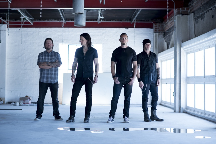 Alter_Bridge_by_Carlos_Amoedo