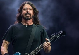 dave-grohl-foo-fighters-perth-2018-Stuart-Millen-671x377